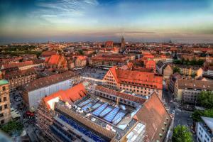 25-Nürnberg021b-5893-5895s-GalerieHimmel