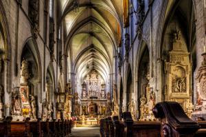 Kirchen001-39 40 24-04-2019