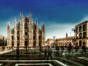 005-Mailand003d-BiColor-Ausstellung