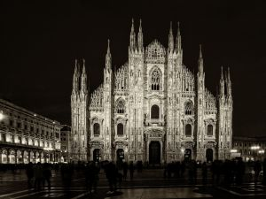 006-Mailand015-4504c-Sefia-Ausstellung