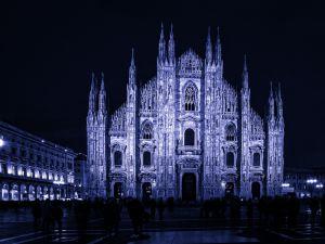 007-Mailand017-4504g-bläulich