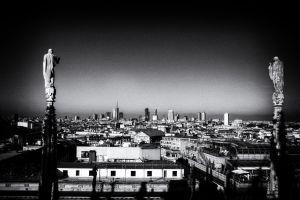 017-Mailand028-4324-4328d-Noir